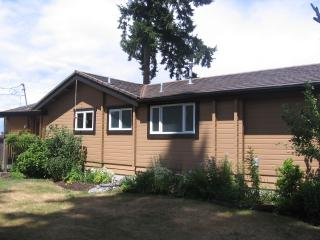 Ocean front 2 bedroom house at the Ocean Resort - Campbell River vacation rentals