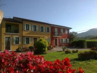 Casa immersa in un parco giardino di 5000 mq - Boccon vacation rentals