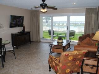 Poolside Paradise. Maravilla 2111 - Miramar Beach vacation rentals