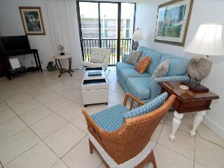 One bedroom condo at the Sundial Beach Resort - Sanibel Island vacation rentals