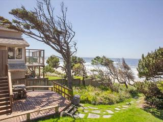 Cottage by the Sea - Ocean Front Hm, Direct Beach Access, Hot Tub - Lincoln City vacation rentals