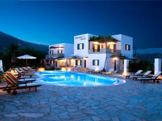 2 bedroom Bed and Breakfast with Internet Access in Yialos - Yialos vacation rentals