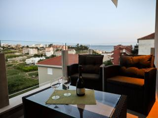 Brand new apt near sea and Split - Podstrana vacation rentals