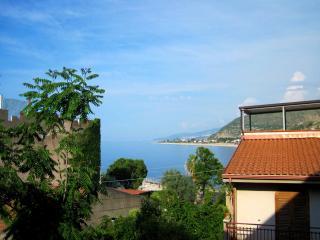 Casa Colapesce a Castel di Tusa - Castel di Tusa vacation rentals