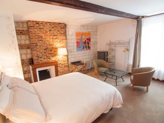 Romantic 1 bedroom Bed and Breakfast in Saint Riquier - Saint Riquier vacation rentals