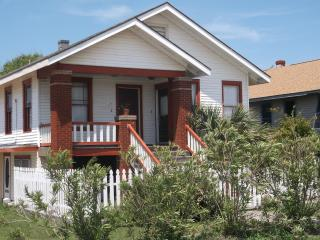 A Bit of Galveston Downunder - Galveston vacation rentals