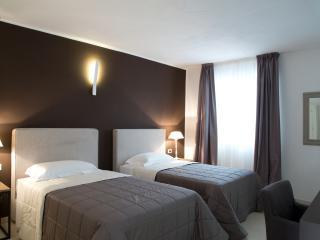 BB22 Palace Moncada - Palermo vacation rentals