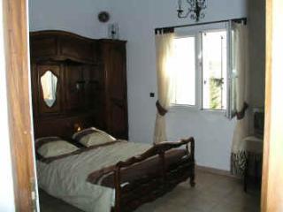 chambres d hôtes chez Gustou Hautes alpes Sisteron - Laragne-Montéglin vacation rentals
