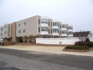 SeaIslander Condominiums, Sea Isle City, NJ - Sea Isle City vacation rentals