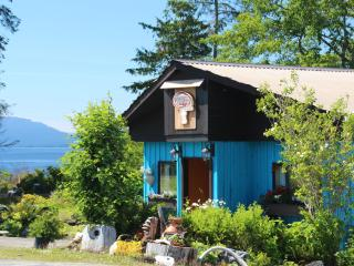 Perfect Guest house with Deck and Internet Access - Port Clements vacation rentals