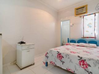 Dois quartos, cozinha e banheiro p/temporada - Cuiaba vacation rentals