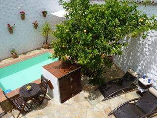 Lovely Condo with Internet Access and A/C - Antequera vacation rentals