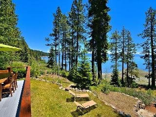 3BR + Loft Exquisite Lakefront Tahoe Retreat with Private Beach, Sleeps 10 - Tahoe City vacation rentals