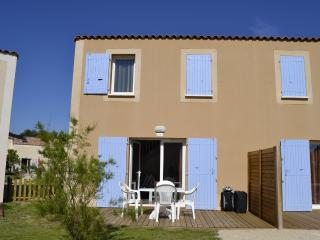 2 bedroom House with Internet Access in Aubignan - Aubignan vacation rentals