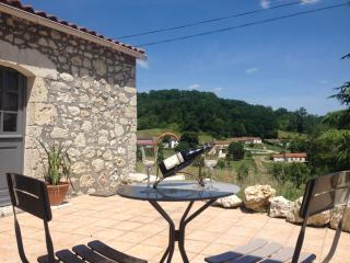 Private Accommodation In Owner's House - Sainte-Livrade-sur-Lot vacation rentals