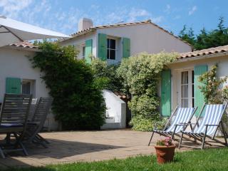 Maison de vacances avec gd jardin aux Portes en Ré - Les Portes-en-Re vacation rentals