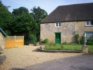 2 bedroom Cottage with Internet Access in Stretton - Stretton vacation rentals