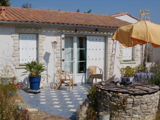 Romantic 1 bedroom Le Bois-Plage-en-Re House with Internet Access - Le Bois-Plage-en-Re vacation rentals
