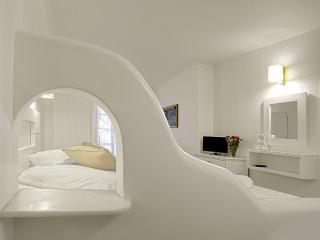 Studios Glaros - Naxos City vacation rentals