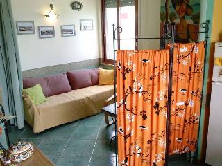 """""""CASA INA"""" nel centro di Ischia porto - Ischia Porto vacation rentals"""