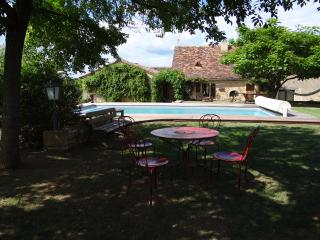 Nice House with Internet Access and Dishwasher - Belves vacation rentals