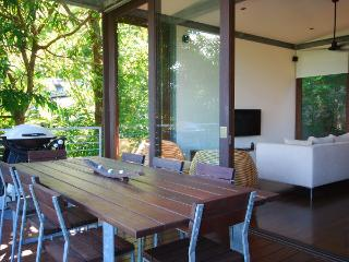Perfect Condo with Internet Access and A/C - Port Douglas vacation rentals