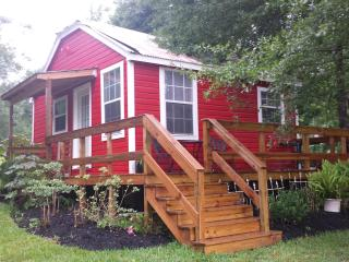 Cozy Cottage in the Country - Fourteen 86 Events - Montgomery vacation rentals