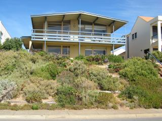 Comfortable Condo with Internet Access and A/C - Christies Beach vacation rentals