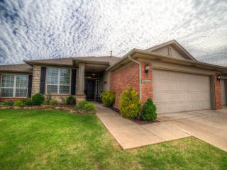 Nice 3 bedroom House in Edmond - Edmond vacation rentals