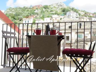 Sicilia Modica Esclusivo Appartamento di Charme 2 - Modica vacation rentals