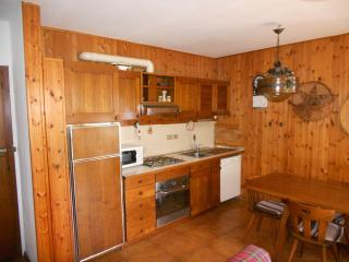 Nice Townhouse with Balcony and Parking - Chiesa In Valmalenco vacation rentals