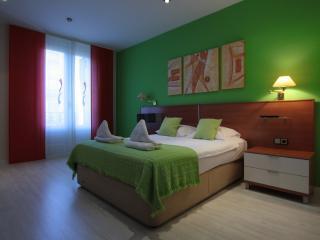 Gaudi Residence 3 - Barcelona vacation rentals
