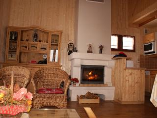 Bright 4 bedroom Correncon-en-Vercors House with Internet Access - Correncon-en-Vercors vacation rentals
