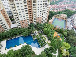 Cosy homestay near IKEA for family/ grp of friends - Petaling District vacation rentals