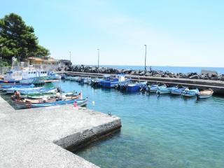 Accogliente bivani sul mare - Catania vacation rentals