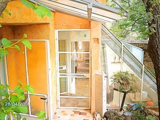 le quinquerlet: east apartment - Apt vacation rentals
