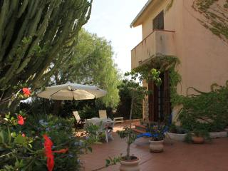 B&B Casa del Falso Pepe - Camera delle Vele - Realmonte vacation rentals