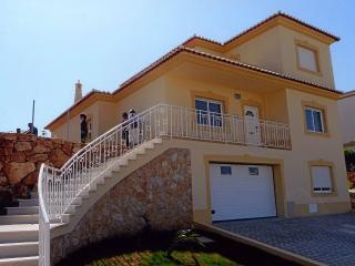 Oasis Parque 4 bed villa with Pool - Alvor vacation rentals
