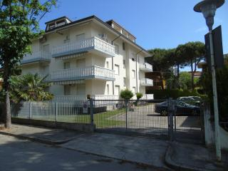 1 bedroom Apartment with A/C in Lignano Sabbiadoro - Lignano Sabbiadoro vacation rentals