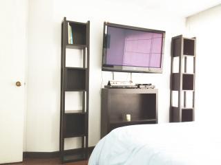 Romantic 1 bedroom Bogota Apartment with Internet Access - Bogota vacation rentals