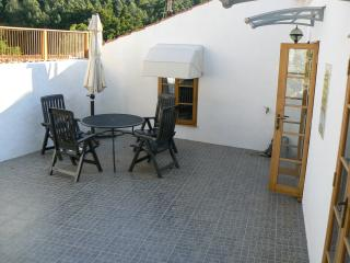 1 bedroom Townhouse with Housekeeping Included in Monchique - Monchique vacation rentals
