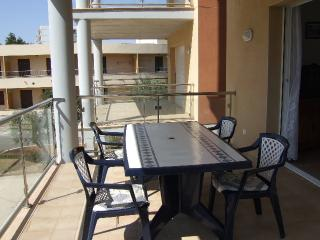 2 bedroom Condo with Television in Roses - Roses vacation rentals