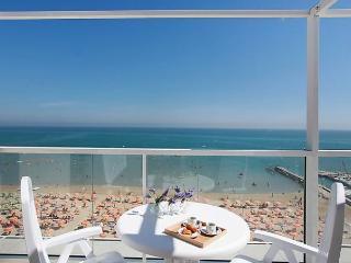Sunny 1 bedroom San Giuliano a Mare Apartment with Internet Access - San Giuliano a Mare vacation rentals