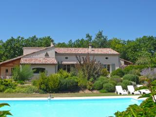 Nice Gite with Internet Access and Hot Tub - Mirabel-et-Blacons vacation rentals