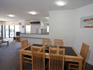 Cozy 3 bedroom Apartment in Forster with Internet Access - Forster vacation rentals