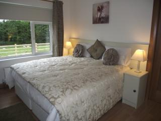 Keenaghan Lough Belleek Self Catering - Belleek vacation rentals