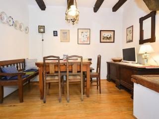 Lovely 2 bedroom Condo in Groznjan - Groznjan vacation rentals