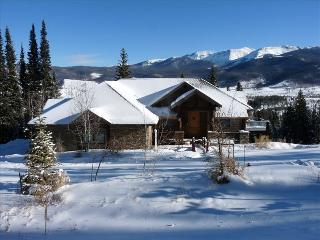 Private Luxury Executive Home with Fantastic Views - Fraser vacation rentals