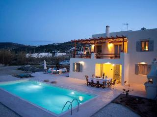 villa Parasporos with private pool - Parasporos vacation rentals