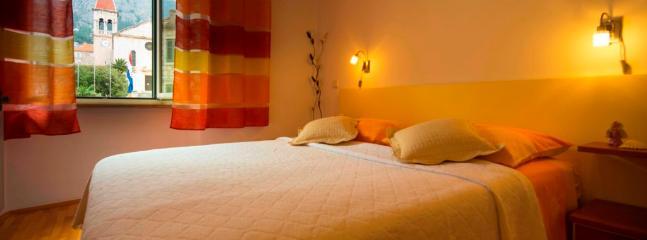 Apartment Jadranka - 42031-A1 - Image 1 - Makarska - rentals